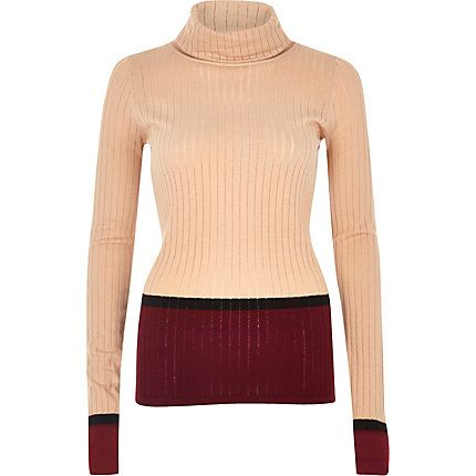 Nude ribbed stripe roll neck top € 30,00