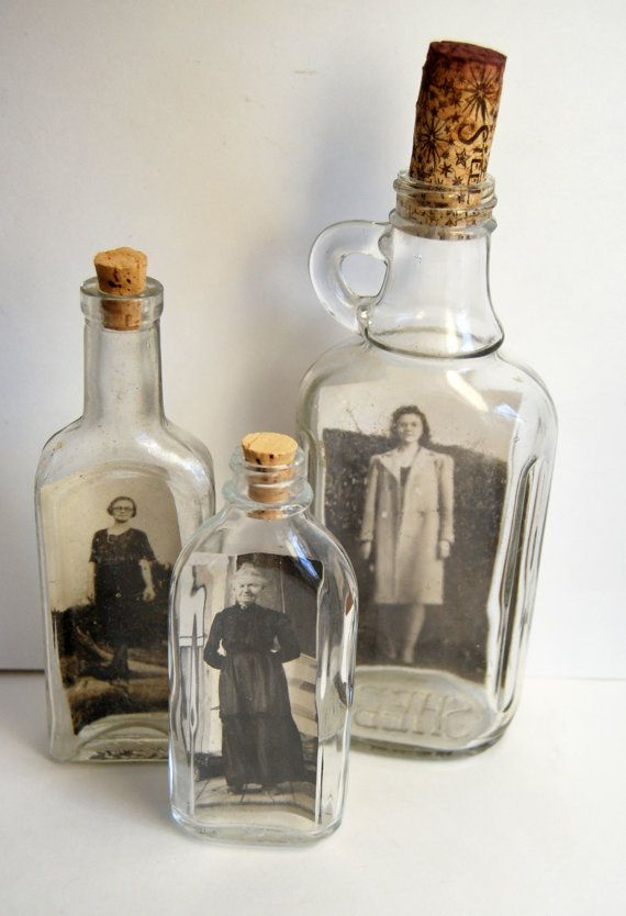 Gorgeous unique display for your vintage pictures // Found @Melissa Henson mossy on Etsy.