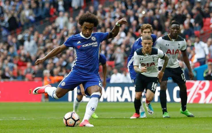 Willian scored his second with a penalty before half time