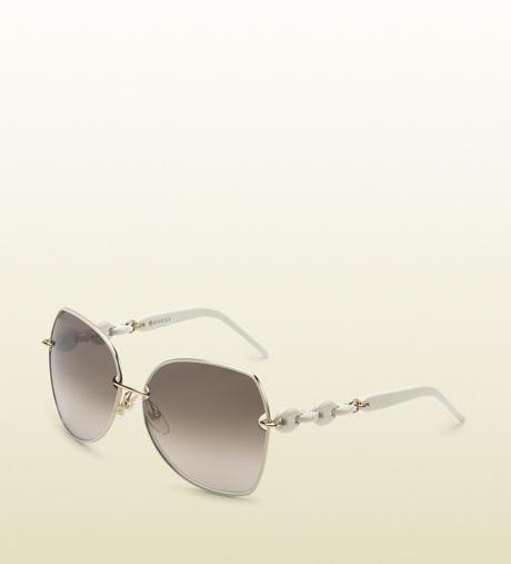 b8c918b4095 Women s White Medium Oval Frame Sunglasses with Plastic Marina Chain  Temples