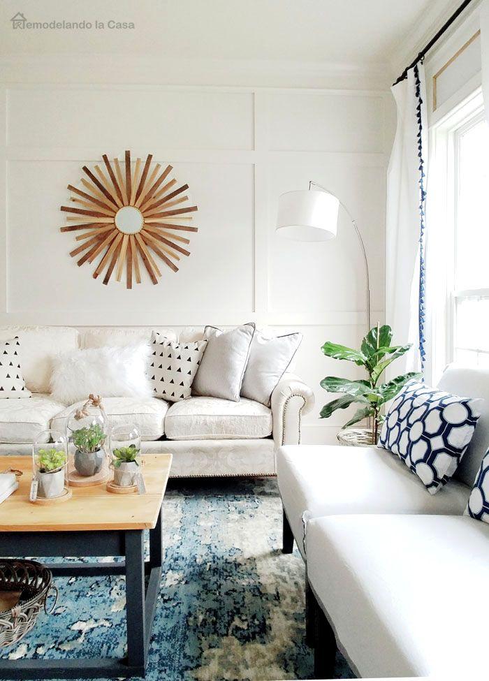 Remodelando la Casa: Living Room Before and After