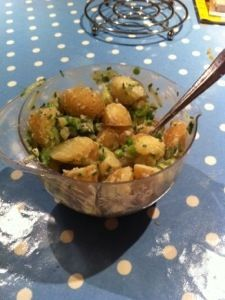 SW recipe: Potatoes and Pea salad (doesn't look much but the recipe sounds nice)