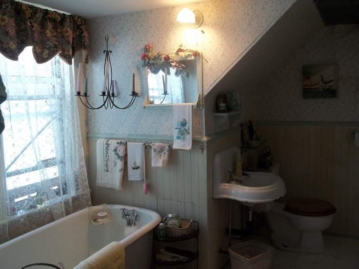 the olde bathroom