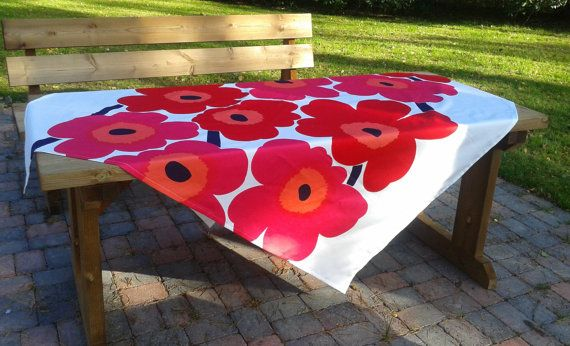 Modern tablecloth made from Marimekko fabric by NordicCrafter