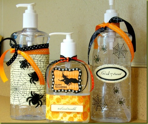 Personalized hand sanitizer. Teacher gift: Halloween Sanitizer, Teacher Gifts, Sanitizer Gifts, Hands Sanitizer, Gifts Ideas, Halloween Hands, Fall Halloween, Halloween Fal, Neighbor Gifts