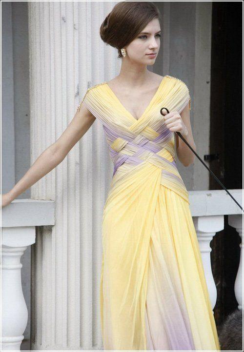 Um vestido lindo para festas formais de dia !