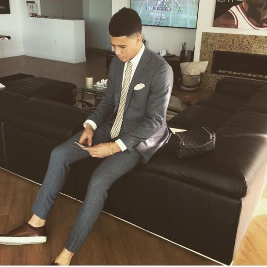 Devin Booker IG: @dbook #style #fashion #menswear #mensstyle #mensfashion #dapper #gq #gqstyle #gqmen #gqfashion #gqmenswear #sockless #socklessmalefashion #socklessmensstyle #nosocks #teamnosocks #socklessfashion #socklessstyle #menoffashion #menofstyle #fashionblogger #mensfashionblogger #blackfashion #blackmalefashion #teamnosockscelebs #socklesscelebs #devinbooker http://ift.tt/2lJgE6E