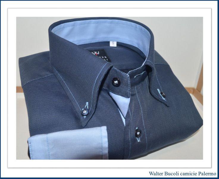 """Camicia Walter Bucoli 100% puro cotone in doppio ritorto , lavorazione tessuto in Oxford , riconoscibile al primo sguardo dal tipico aspetto a """"puntini"""" l' Oxford si ottiene dall'intreccio di fili di spessore diverso , tessuto indicato prevalentemente per camicie sportive e formali , cuciture doppie , vestibilità slim quindi più aderente al corpo, collo button down , altezza vele circa 8 cm"""