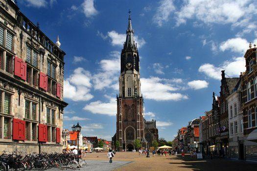 Hampshire Hotel - Delft Centre #Delft #Nederland #hotel #stad #stedentrip #citytrip #toren #lucht #wolken #cultuur #historie #gebouw #reizen #travel #travelbird #vakantie #weekend