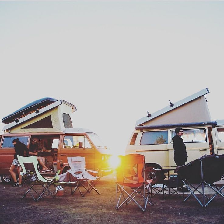 """As the sun slowly rises in the sky you hear the sound of slider doors opening it's morning and we all slowly crawl out of our vans as the sun kisses our bodies. Today is gonna be a great day! Love and beauty is all around us!"" Repost from @nessythewesty Photo by @savannagon #Vanlifers #vanlife #vw #volkswagen #vanagon #westfalia #westylife #vanagonlife #exploreyourbackyard #exploremore #lessismore #vanlife #pacificcity #oregon #sunrise #traveloregon #lifeisbeautiful #gowesty #camping…"
