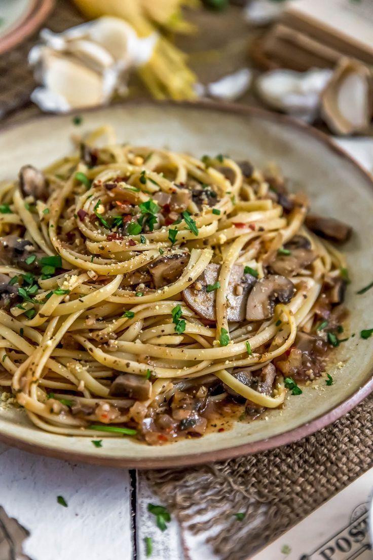 Vegan Linguini with Red Clam Sauce