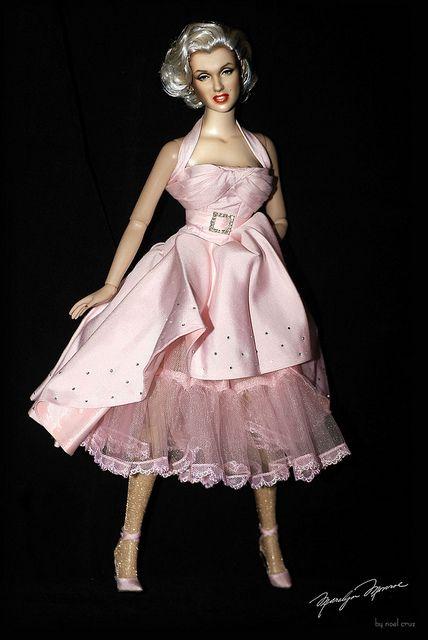 Marilyn Monroe Living Room Decorations: 360 Best Marilyn Monroe Doll's Images On Pinterest