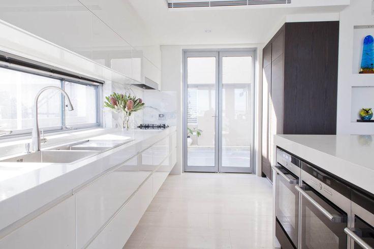 Caesarstone Snow   Impala #Kitchens and #Bathrooms #inspiration #ideas #white #simple