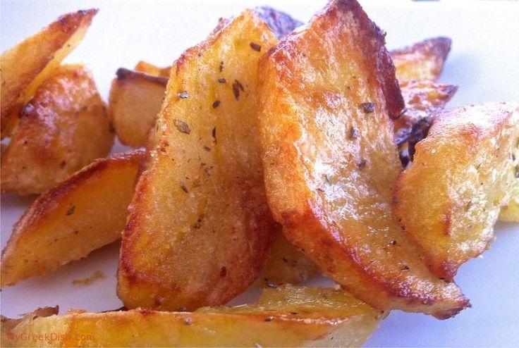 Τραγανές λεμονάτες πατάτες φούρνου