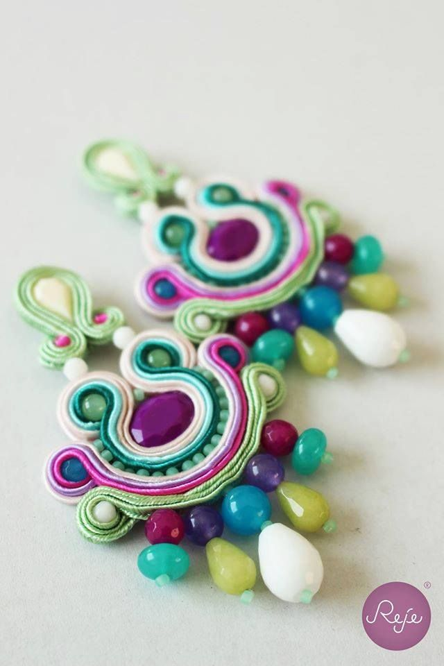 Violet, green and white soutache earrings, Reje creations, 100% handmade in Italy.