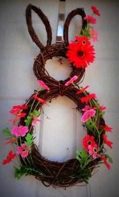 Easter Bunny door wreath, DIY Easter Door Decoration, Easter craft ideas