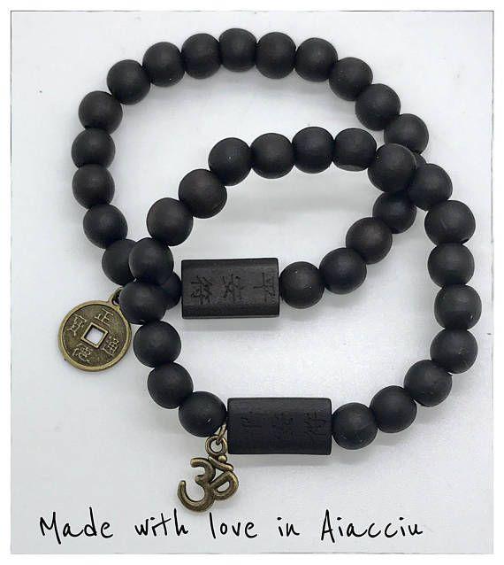 bracelet  bouddhiste  perles bois de santal