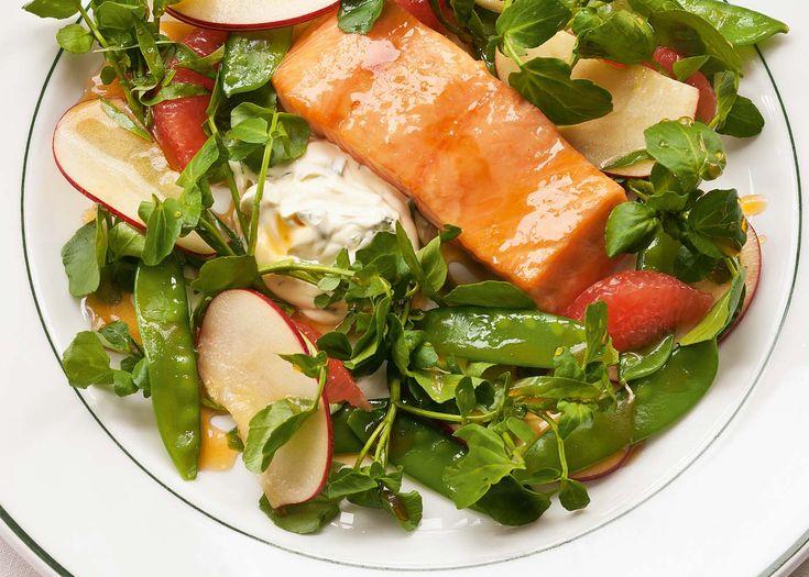 salmon with apple, grapefruit, creme fraiche & watercress | #salad #main #seafood #recipe #foodwise