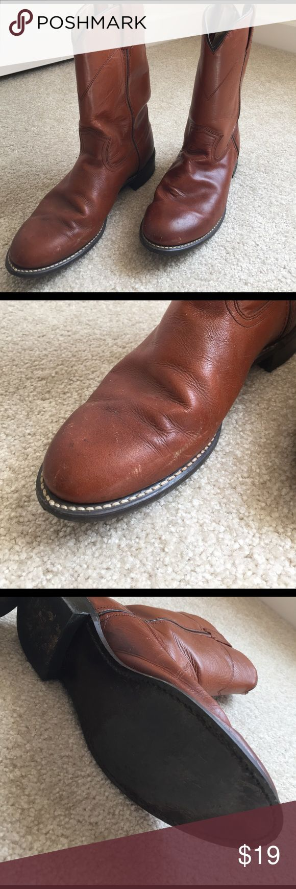 Men's short, cowboy style boots. Size 9 Medium brown, short cowboy style boots. Size 9. Signs of wear on toes and bottoms of both boots(see pics). Arizona Shoes Boots