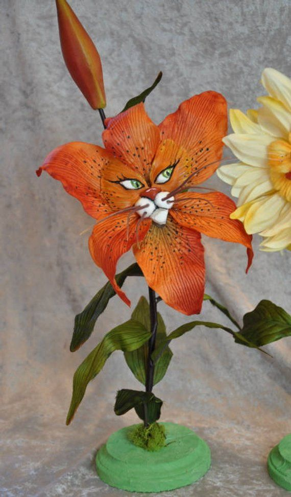 "ALICE IN WONDERLAND TALKING FLOWERS /""TIGER LILY/"" BY SUTHERLAND"