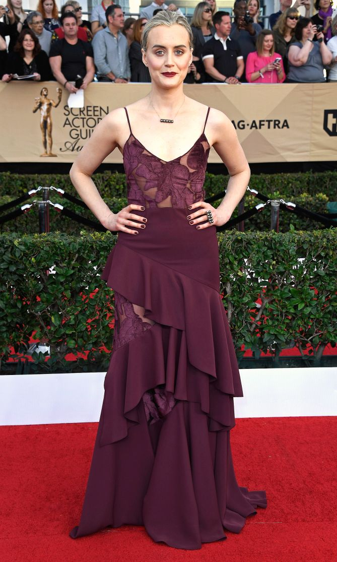 The stars brought sequins, whimsy and so much bling to the SAG Awards red carpet