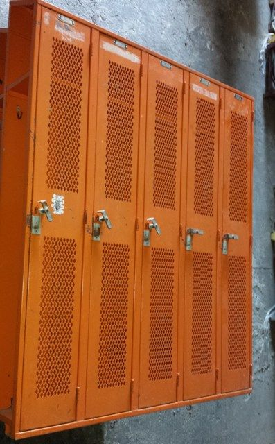 used steel lockers for sale used breakroom employee storage lockers louisville ky employee. Black Bedroom Furniture Sets. Home Design Ideas