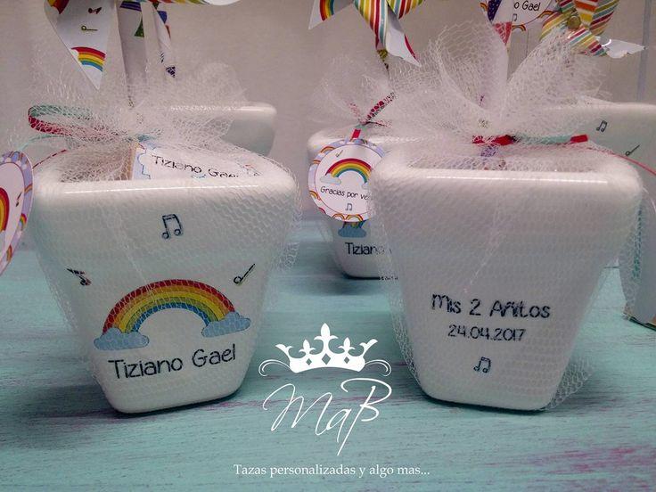 Calcos vitrificables full color personalizados para souvenir de cumpleaños a partir de diseño del cliente (foto cortesía de Reina MAB)