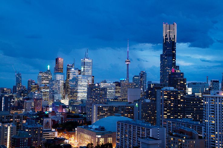 Blue Blue Hour in Toronto Downtown | por Katrin Ray