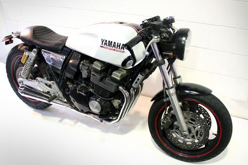 Looks like a Yamaha XS 1100 custom job. I'm all about this bike, but I like it fairly stock.