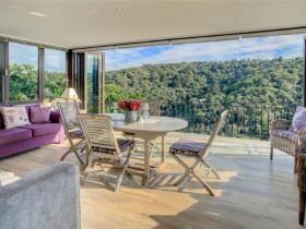 4 Bedroom House for sale in Wilderness - Wilderness