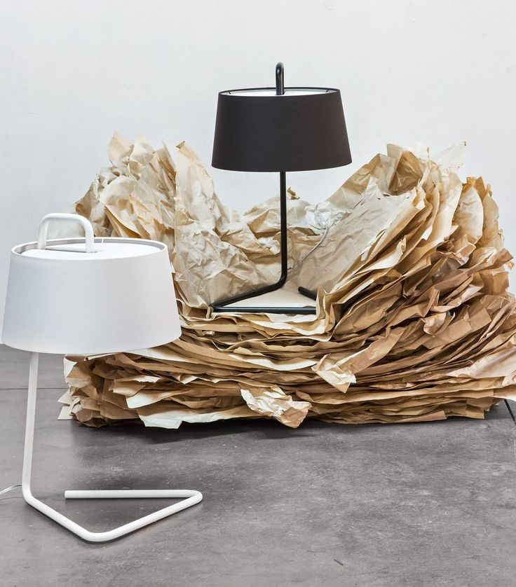 The SEXTANS table lamp is fitted with a fabric shade with minimalist design. #calligaris #toronto #code