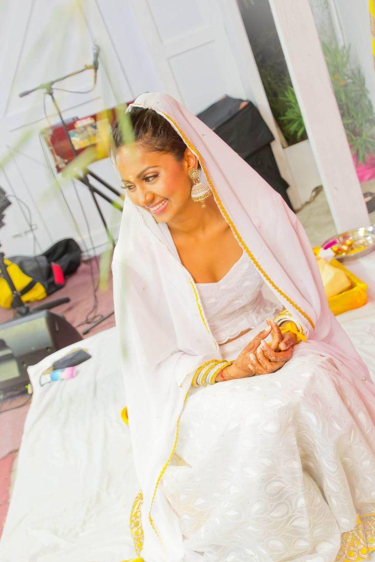 Indian wedding, hindu wedding, bridal lehenga, wedding lehenga, jodha Akbar, royal indian wedding, haldi