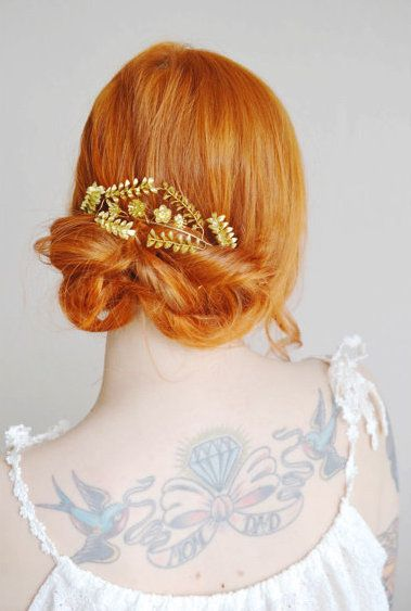 This vintage gilded bridal crown can be worn many different ways, including atop a low, loose, and romantic twist of hair. #etsyweddings