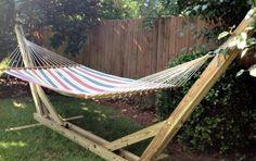 Cómo hacer un soporte para tu hamaca de jardín. Soporte para hamaca paraguaya. Lee más en La Bioguía.