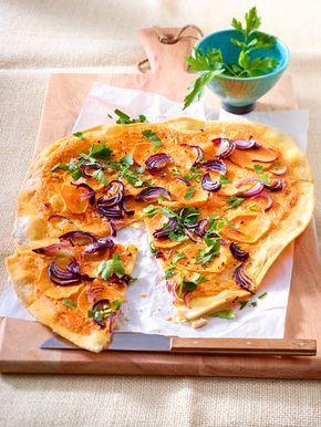 Süßkartoffel-Flammkuchen mit Harissacreme