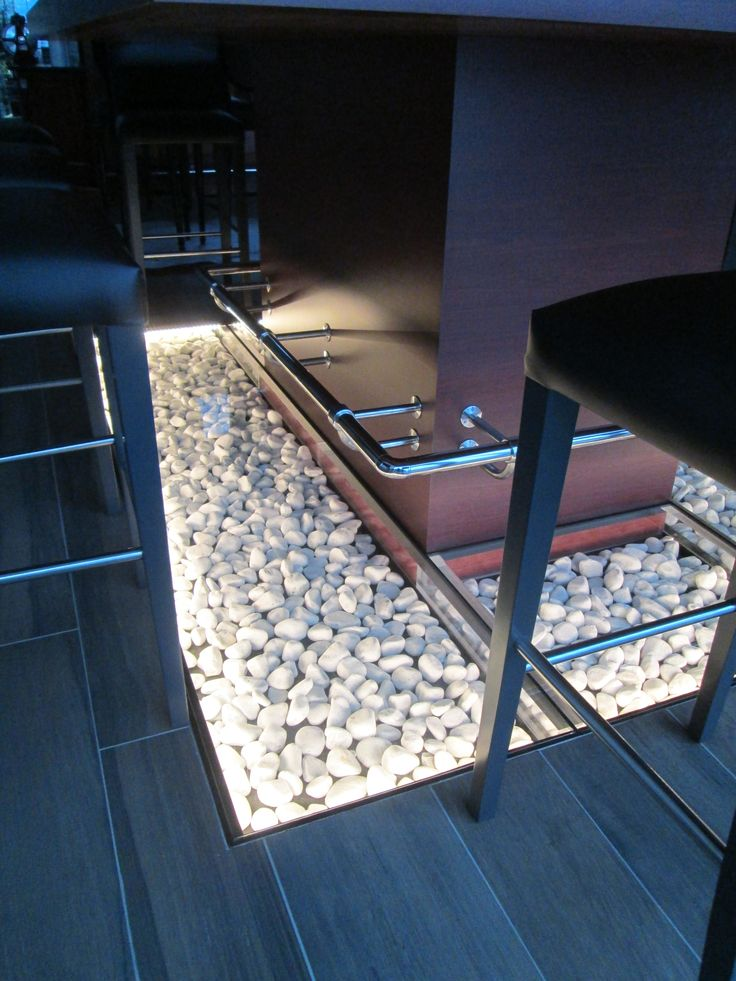 12 best plancher en verre glass floor images on. Black Bedroom Furniture Sets. Home Design Ideas