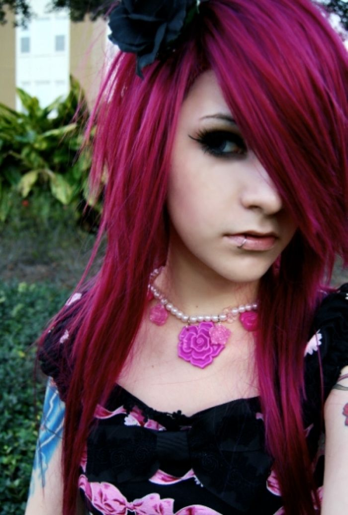 scene girl hair styles 17 best ideas about hairstyles on 7748 | 6f0a5454fbeee3652a47d2e2f62e3099