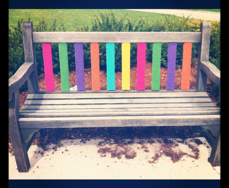 yarn bombing bench - photo #19
