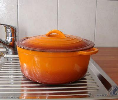 Cooketteria: Rostiges Kochgeschirr aus Gusseisen reinigen & neu einbrennen