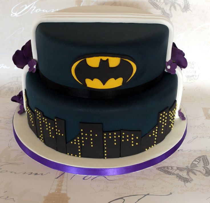 Best 25 Half And Half Wedding Cakes Ideas On Pinterest