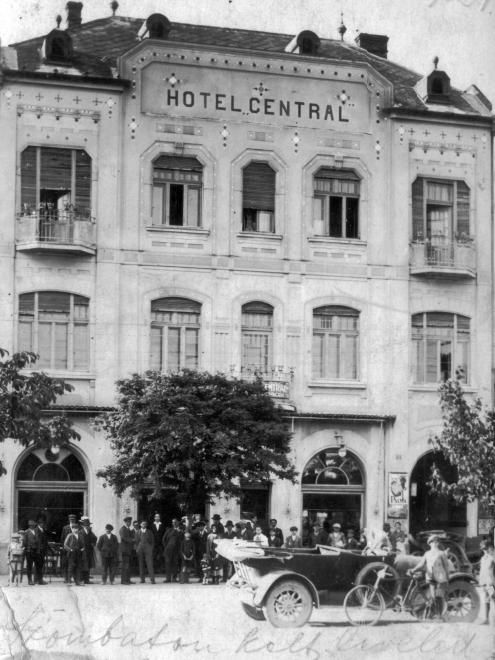Hotel Central.