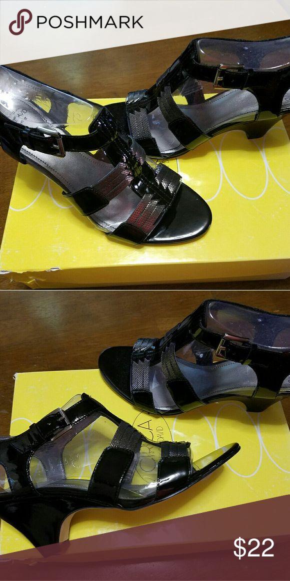 NIB Circa Joan & David Black & Pewter Sandal sz 8 New black and pewter sandals by Circa Joan & David.  Shoe name: Nadeena Shoe color: Black and Pewter Buckle side Original price, $ 89.00 Joan & David Shoes Sandals