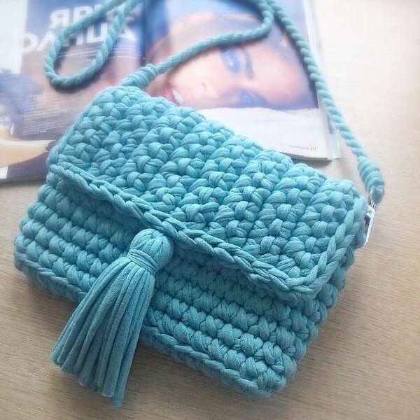 Кто еще не подготовился к лету?)) Маленькая стильная сумочка через плечо для @sleta_alinochka :-* Цвет: голубой меланж Размер: 23×16 см