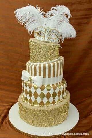 Elegant, Harlequin gold & white cake