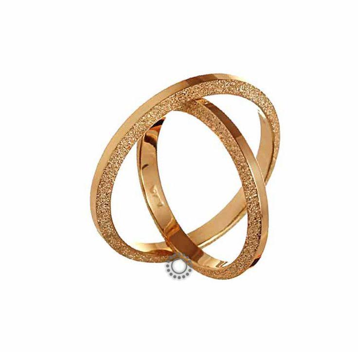 Ελληνικές γαμήλιες βέρες μοντέρνες και κλασικές με την υπογραφή του Χρήστου Τσέλου. Γαμήλιες βέρες Τσέλος ΑΤ3001-Ρ. Ελληνικός σχεδιασμός και κατασκευή βερών. Βέρες γάμου σε γυαλιστερό φινίρισμα σε Κ14 ή Κ18 χρυσό   Βέρες γάμου & αρραβώνα ΤΣΑΛΔΑΡΗΣ στο Χαλάνδρι #Tselos #βερες #γαμου #wedding #rings