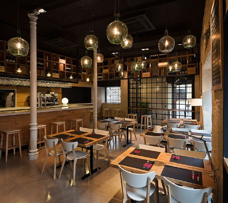 24 best restaurant images on pinterest small restaurant for Small restaurant design ideas