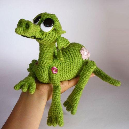 Amigurumi Discworld : 1000+ ideas about Crochet Dragon on Pinterest Dragon ...