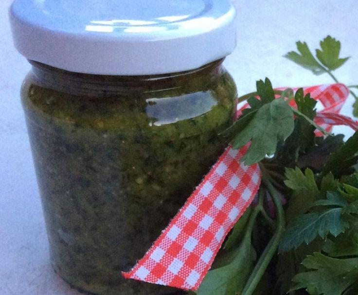 Rezept Variation von Petersilienpesto von Bine Fine - Rezept der Kategorie Saucen/Dips/Brotaufstriche