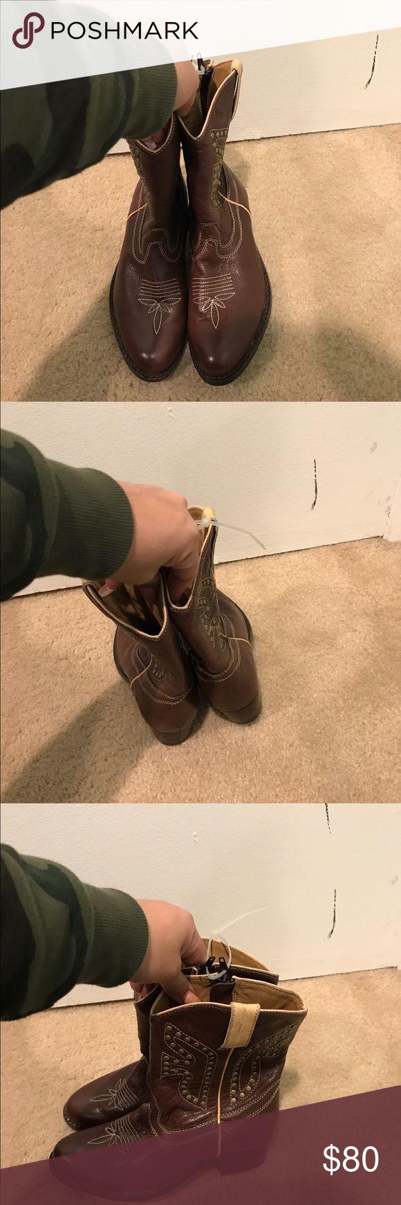 KIDS FRYE BOOTS ****Size 2**** BRAND NEW kids western Boots!! kids size -2 Frye Shoes Ankle Boots & Booties