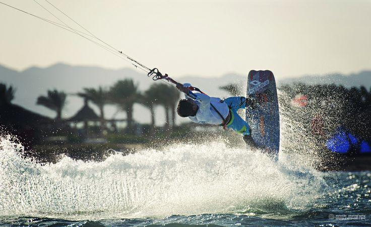 kite (Carlos Madson)  kitesurfing, extreme